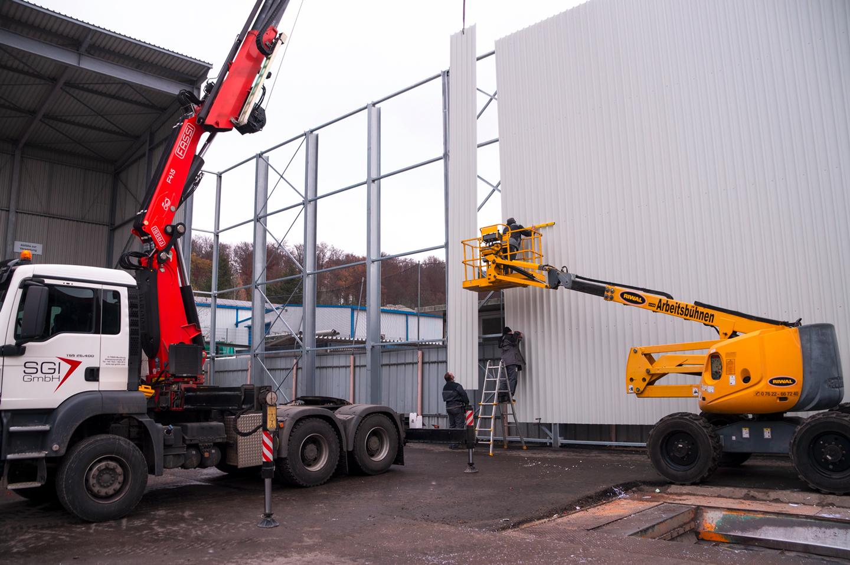 Ganz schön schwerer Schutz! - Projekt Staubschutzwand bei REMONDIS Süd GmbH